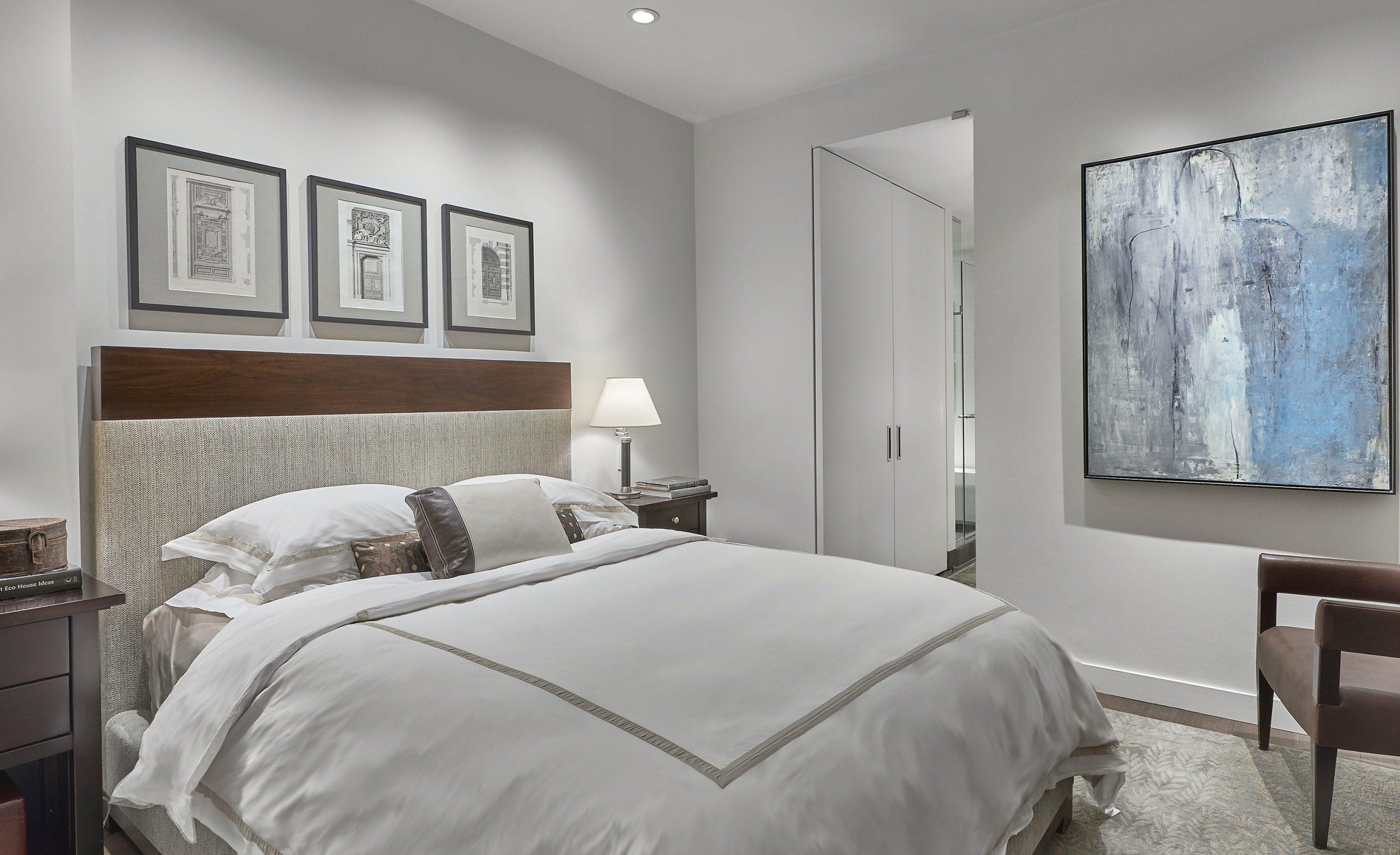 jaffea+i-Blue-Skies-Ahead-master-bedroom